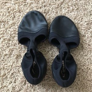 Capezio dance shoes pedinis black size 8